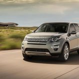 Land Rover Discovery Sport - carretera