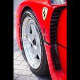 Ferrari F40 ex-Nigel Mansell - paso de rueda