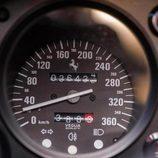 Ferrari F40 ex-Nigel Mansell - velocímetro