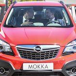 Visita S.M. el Rey Felipe VI a Figueruelas - Disfrutando del Opel Mokka