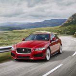 Presentación Jaguar XE - en movimiento