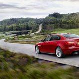 Presentación Jaguar XE - carretera