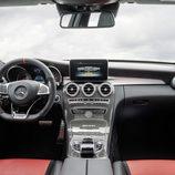 Mercedes-Benz C63 AMG S - Tablero de abordo