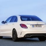 Mercedes-Benz C63 AMG S - 3/4 lateral trasero