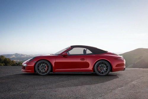 Porsche 911 Carrera GTS - perfil