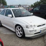 Ford Escort Cosworth blanco