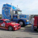 Camiones y coches