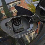 Volkswagen e-Golf - Toma de carga