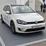 Volkswagen Golf GTE - 1/3 frontal derecho