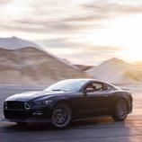 Ford Mustang RTR - desierto