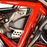 Toyota Camry Dragster - puesto de conducción