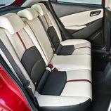Nuevo Mazda 2 -  Detalle interior trasero
