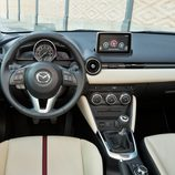 Nuevo Mazda 2 - Tablero de abordo