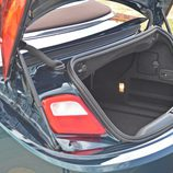 Prueba: Opel Cabrio - Detalle acceso maletero con capota cerrada