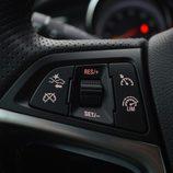 Prueba: Opel Cabrio - Mandos control de crucero