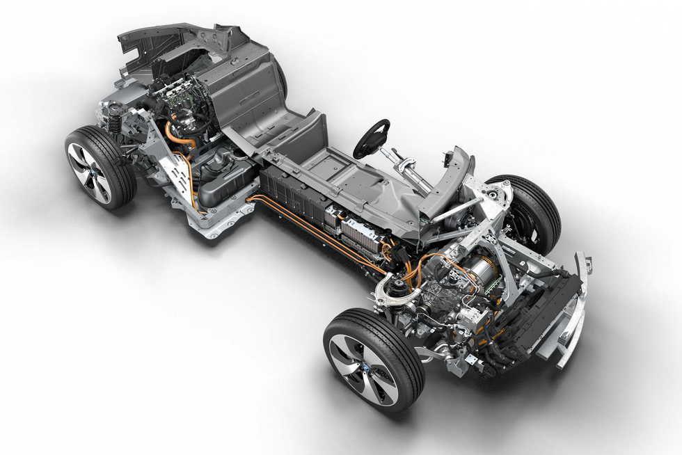 BMW i8 - bastidor - Foto 17 de 20 en galería \'BMW i8 coupé\' en Motor ...