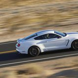 Ford Shelby Mustang GT 350 - on the road