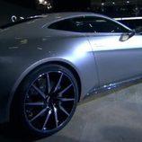 Aston Martin DB10 - aérea