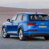 Audi Q7 2015 - trasera