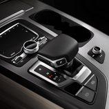 Audi Q7 2015 - caja