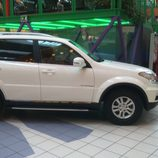 SsangYong Rexton 2.0XDI Premium - lado