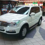 SsangYong Rexton 2.0XDI Premium - delantera