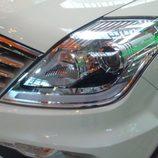 SsangYong Rexton 2.0XDI Premium - detalle faros