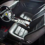 Ferrari Mondial T - habitáculo