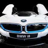 BMW i8 - toma frontal