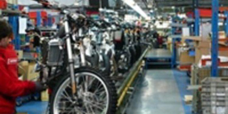 Piaggio cierra la fábrica de Derbi en Barcelona