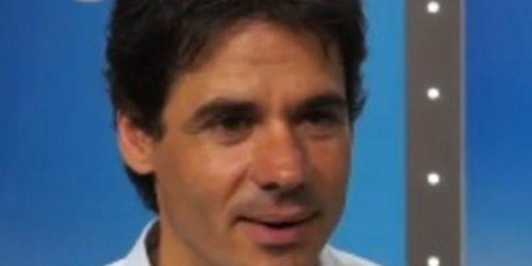 """Alex Crivillé: """"Rossi debió ser elegante y reconocer que Lorenzo fue más rápido"""""""