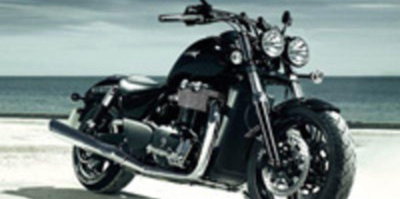 Triumph lanza su nueva gama de Cruiser para 2011