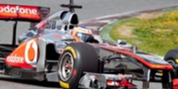 Domina McLaren y Alonso se mentiene por delante de Red Bull en Melbourne