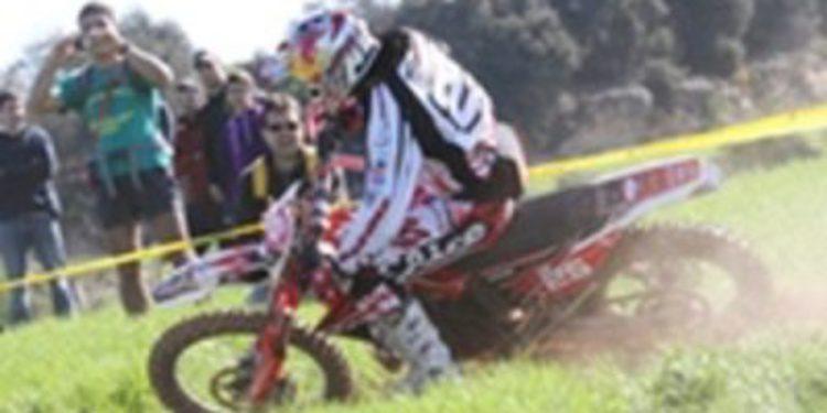 Antoine Meo: victoria y liderato en el mundial de enduro