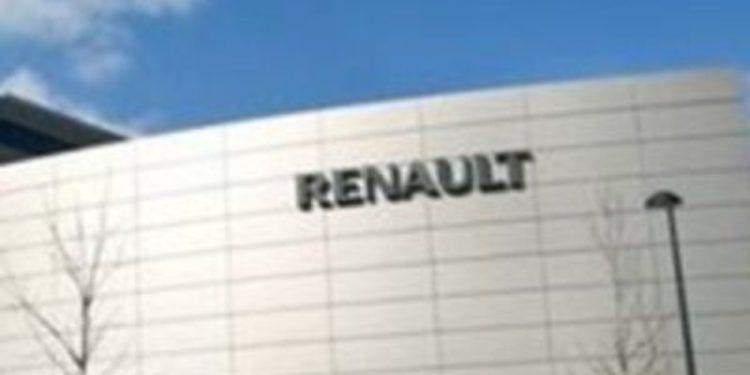 Profundos cambios en Renault y dimisión de Patrick Pélata, el 'número dos'