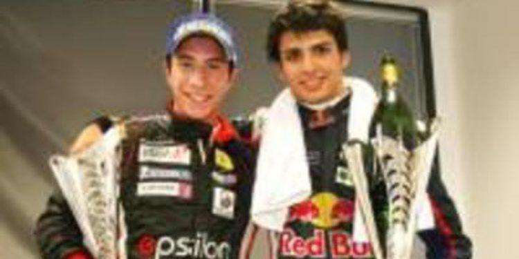 Carlos Sainz Jr. se lleva la victoria en Motorland a lo campeón