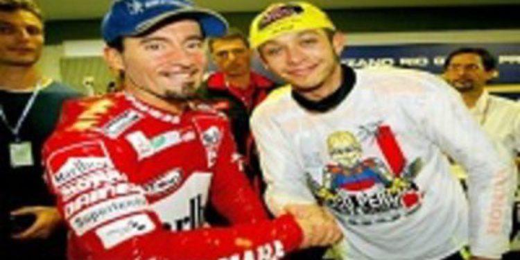 Biaggi da por terminada su rivalidad con Valentino Rossi