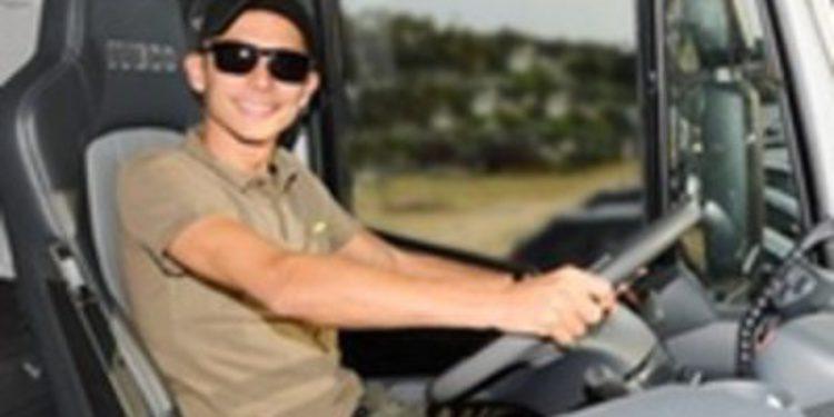 La nueva casa de Valentino Rossi es un camión Iveco Stralis