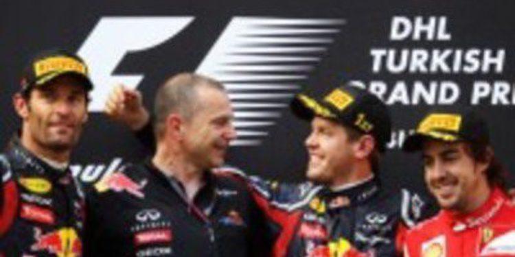 Victoria apabullante de Vettel y podio para Alonso