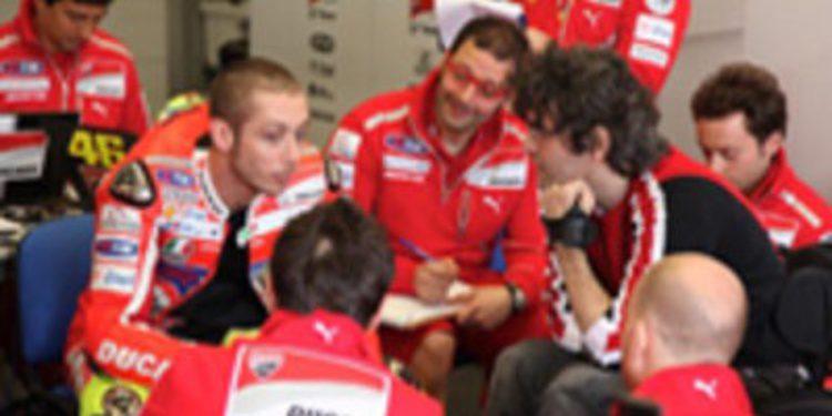 Rossi pone toda su confianza en la estabilidad de la Ducati sobre la pista