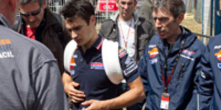 Pedrosa se fractura la clavícula y Simoncelli indigna a todo el paddock