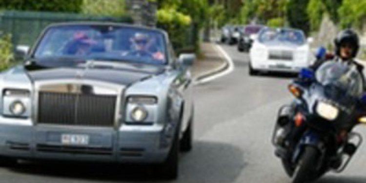 En Italia, si tienes un Rolls-Royce la policía te escolta