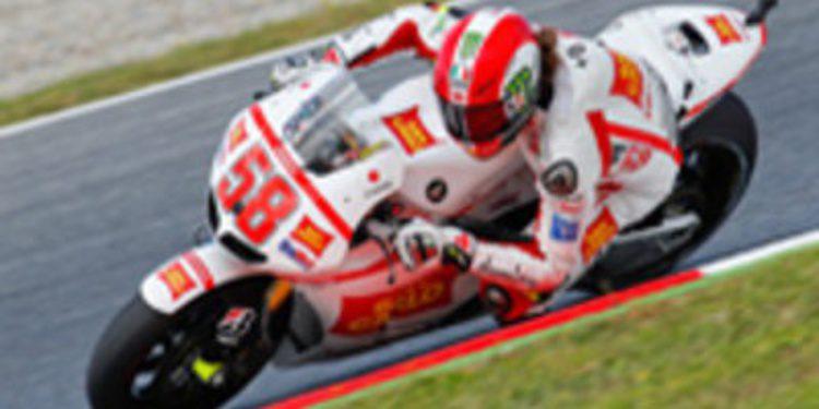 Marco Simoncelli consigue la pole en MotoGP por delante de Stoner y Lorenzo