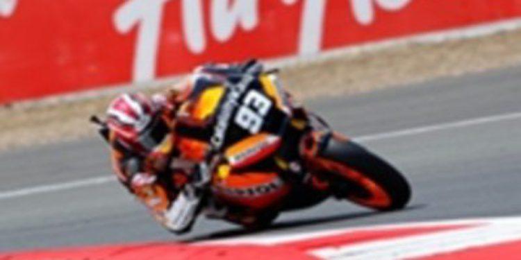 Márquez logra su primera pole en Moto2