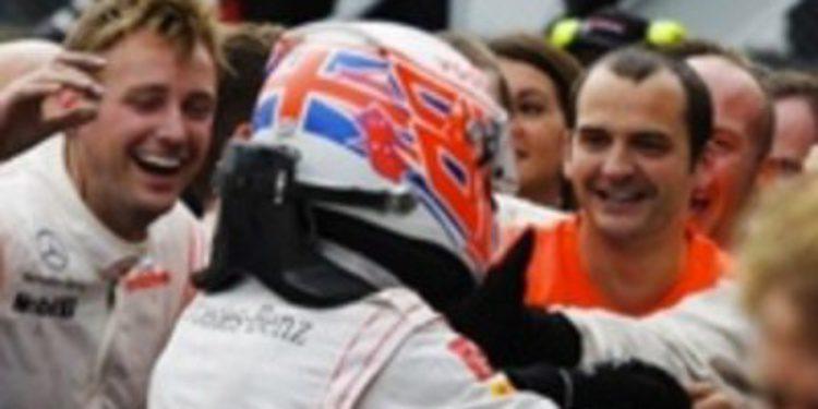 Button gana la carrera más larga de la historia en Canadá