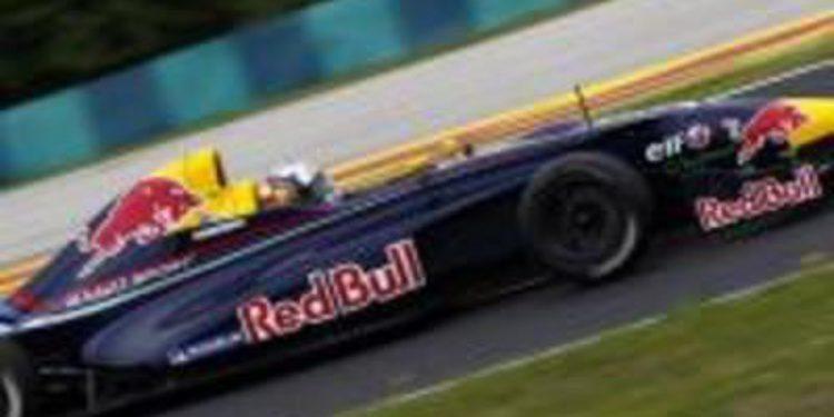 Octavo puesto para Sainz Jr., condicionado por una mala clasificación