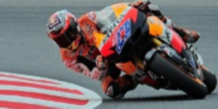 Stoner, más líder del mundial de Moto GP, y Pedrosa por los suelos