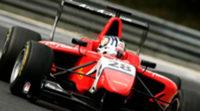 Mitch Evans marca el mejor crono en el primer test de GP3