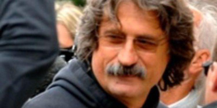Paolo Simoncelli pide un minuto de ruido para su hijo en Cheste
