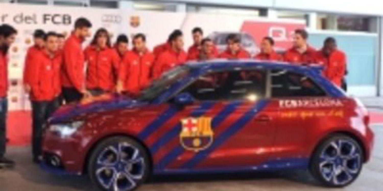 La plantilla del FC Barcelona recibe los nuevos Audi de esta ...